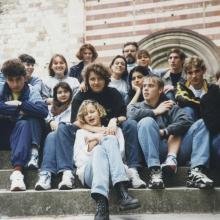 Osztálykirándulás, Bélapátfalva,apátság 1996 ősze. Itt még kísérő tanárként, osztályfőnökük (mellettem)fél év múlva pályát váltott.